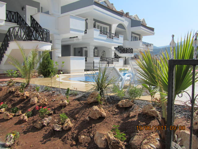 Zohreh Apartment Holiday Apartment for Rent | Part of the Pine Bay Complex